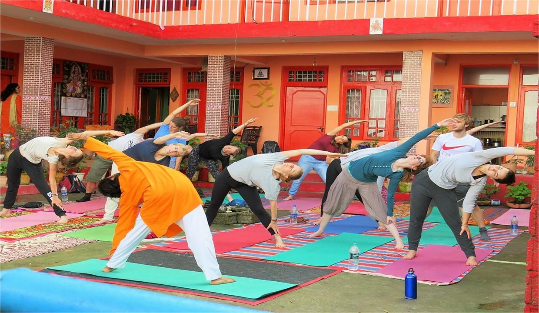 yoga-ashram-rishikesh